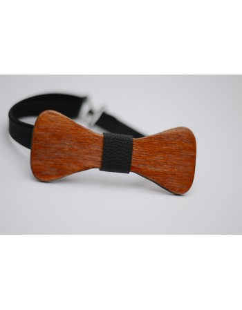 Papion din lemn clasic