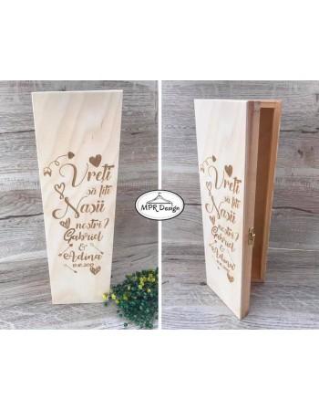 Cutie personalizata pentru sticla de vin