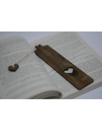 Semn de carte din lemn INIMA